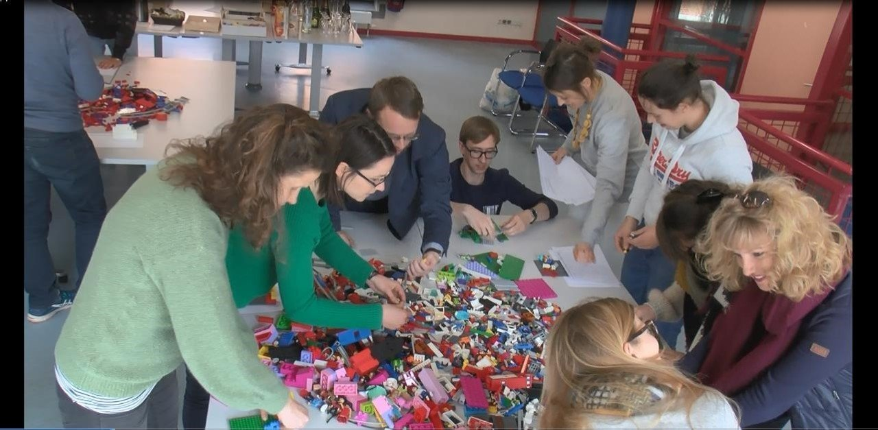 Univer.City bouwen lego CSL